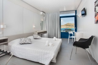 accommodation hippocampus hotel bedroom